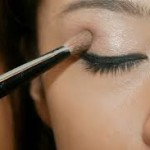 HOW TO DO YOUR MAKE UP